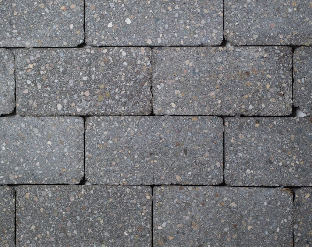 Tumbled Charcoal Holland Exposed